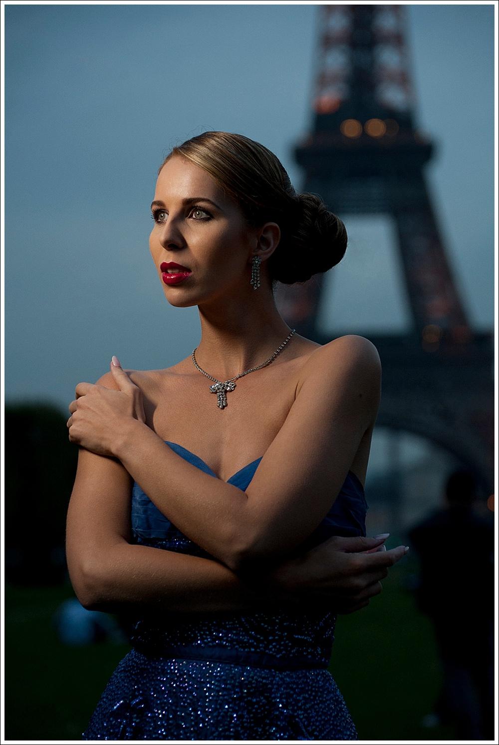 Model: Angela Hudson
